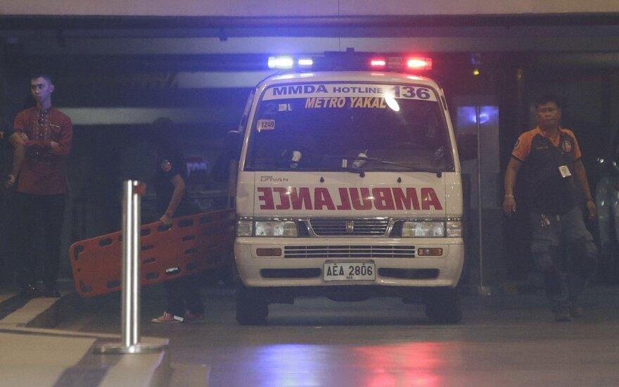 Filipinuose lengvajam lėktuvui įsirėžus į namą žuvo 9 žmonės
