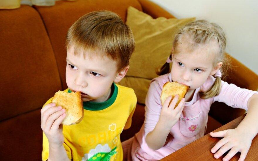 Reklamos įtaka vaikų mitybai: ką matau, tuo tikiu