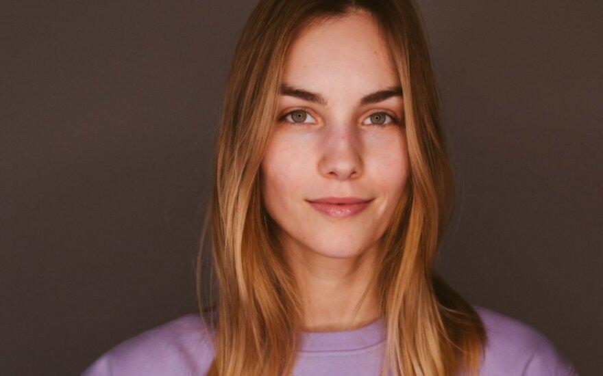 Modelis Julija Steponavičiūtė į tvarumo kelią pasuko jau nuo 13-os metų: ekologiškas gyvenimo būdas tarsi autentiška kelionė į save