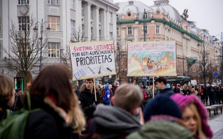 Šapoka apie Vilniaus universiteto streiką: esame įtraukiami į rektoriaus rinkimų debatus