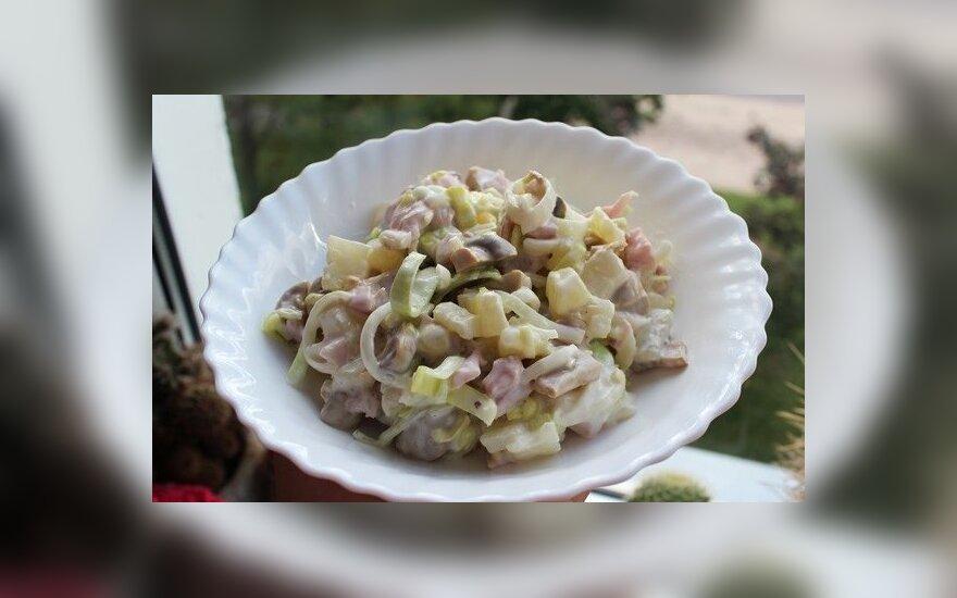 Saldžioji vištienos mišrainė