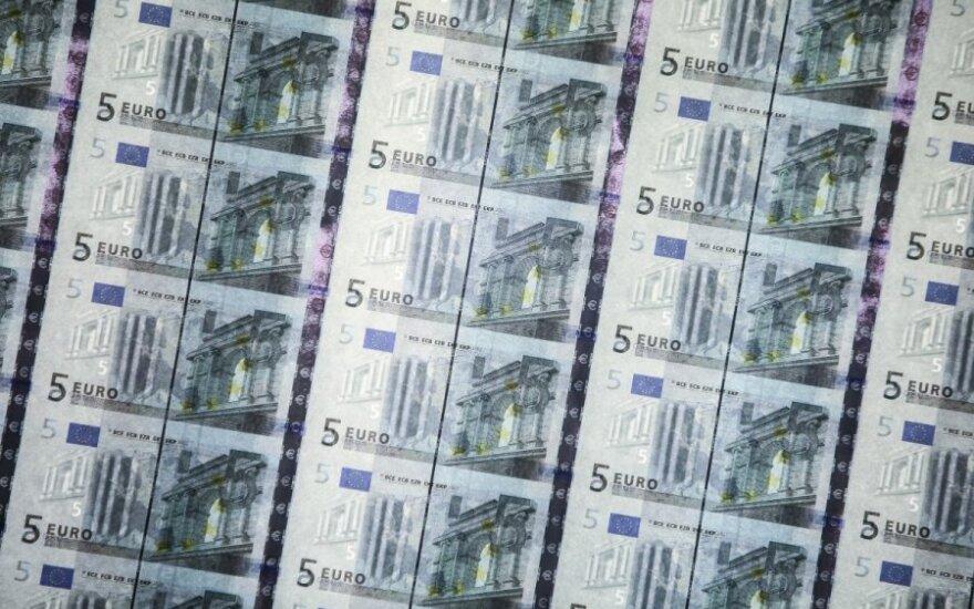 Stebisi lietuvių neišprusimu: kokių keistų klausimų sulaukia bankininkai?