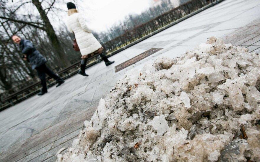 Vilniaus centre apgauta mergina nori įspėti kitus: irgi galite tapti lengvu grobiu