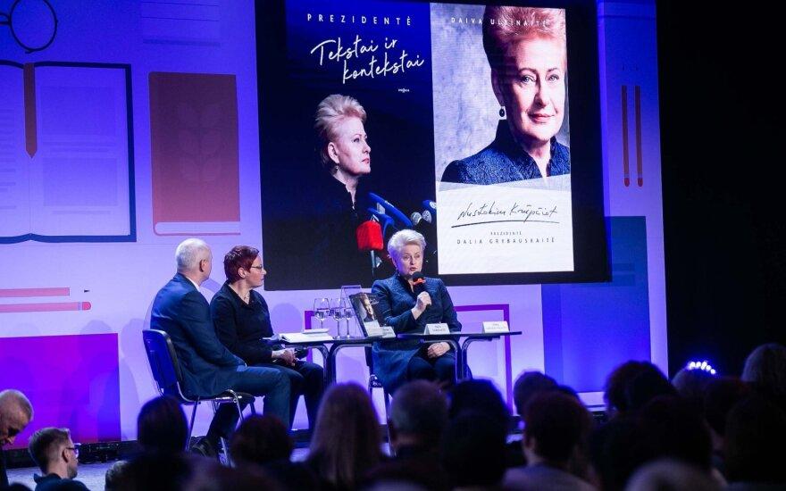 Tarptautinėje Kijevo knygų mugėje pristatytas knygos apie prezidentę Grybauskaitę vertimas