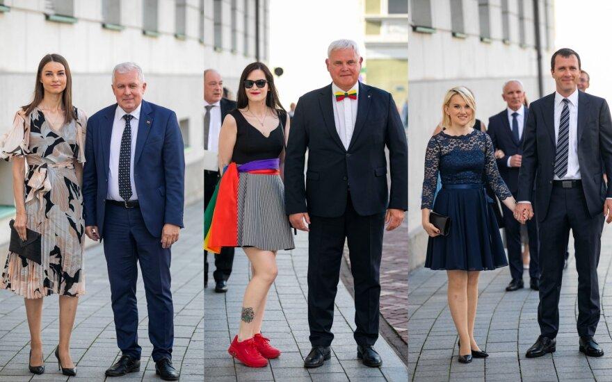 Į Valstybės dienos proga surengtą priėmimą Prezidentūroje susirinko garbingi svečiai