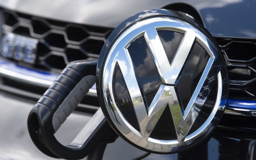 """Cvikau esanti """"Volkswagen"""" gamykla pritaikyta gaminti elektromobiliams"""