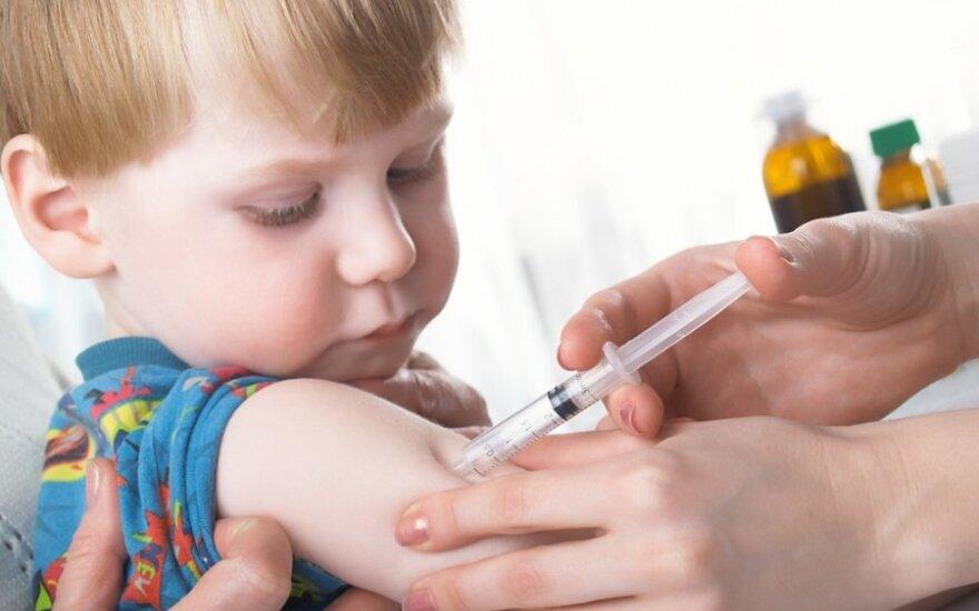 Kartą ir visiems laikams - medikė griauna mitus apie skiepus nuo meningokoko