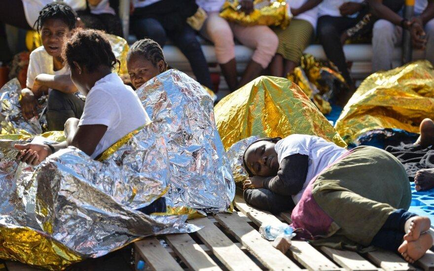 Europą vėl drasko nesutarimai: kas turėtų priimti migrantus