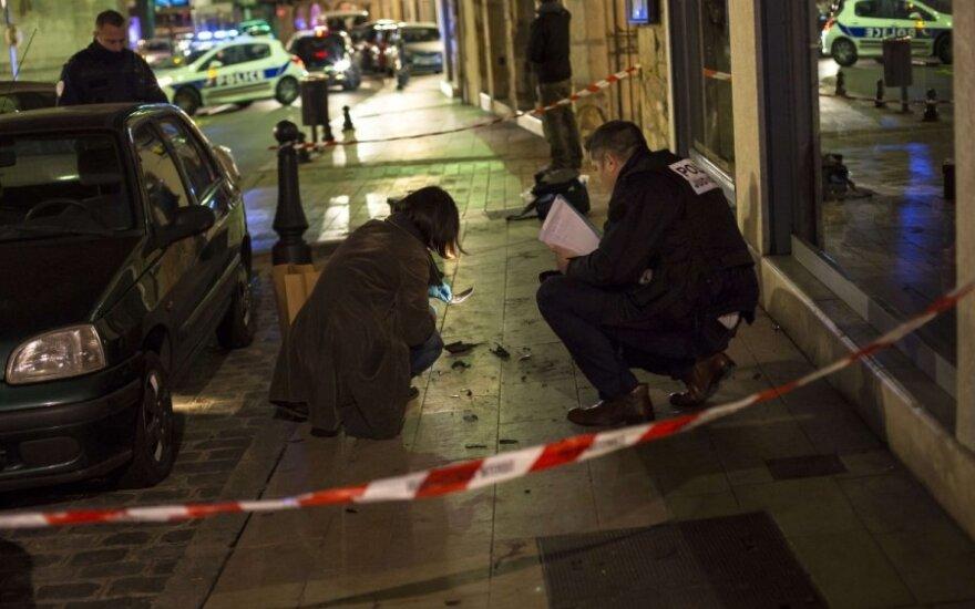 Prancūzija imasi priemonių po virtinės kruvinų išpuolių