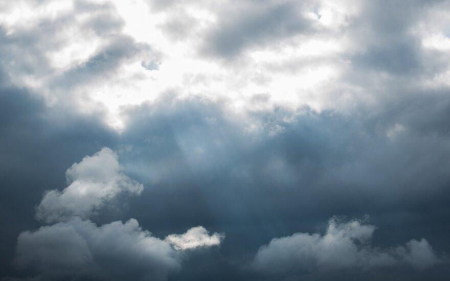 Orai: kurį laiką bus tikrai bjauru
