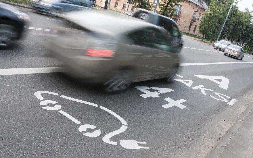 """""""Autobusu"""" Vilniuje jaučiasi kone kiekvienas, skubantis į darbą"""