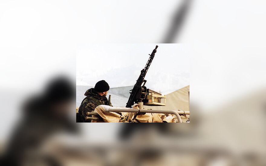 Apsaugos postas prie Lietuvos karių stovyklavietės Afganistane