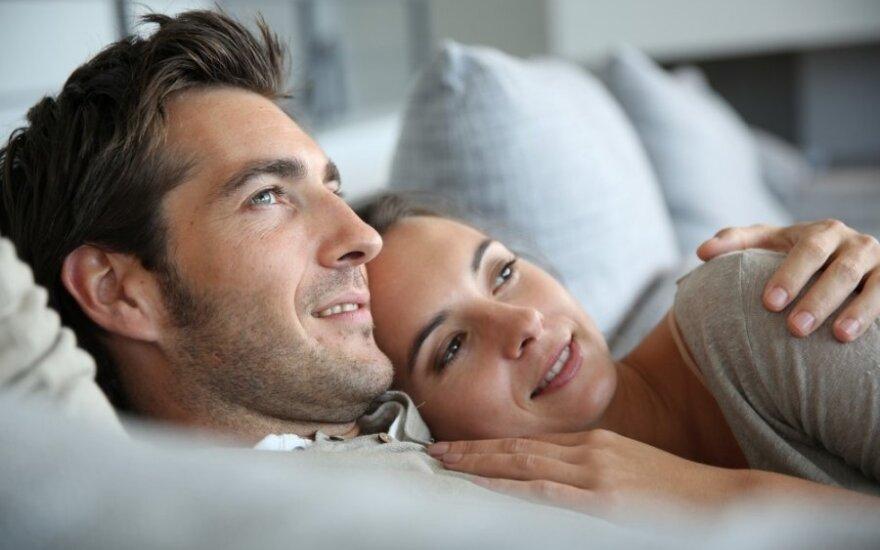 Jie myli, tačiau nebesimyli: ar meilei visada reikalingas seksas?