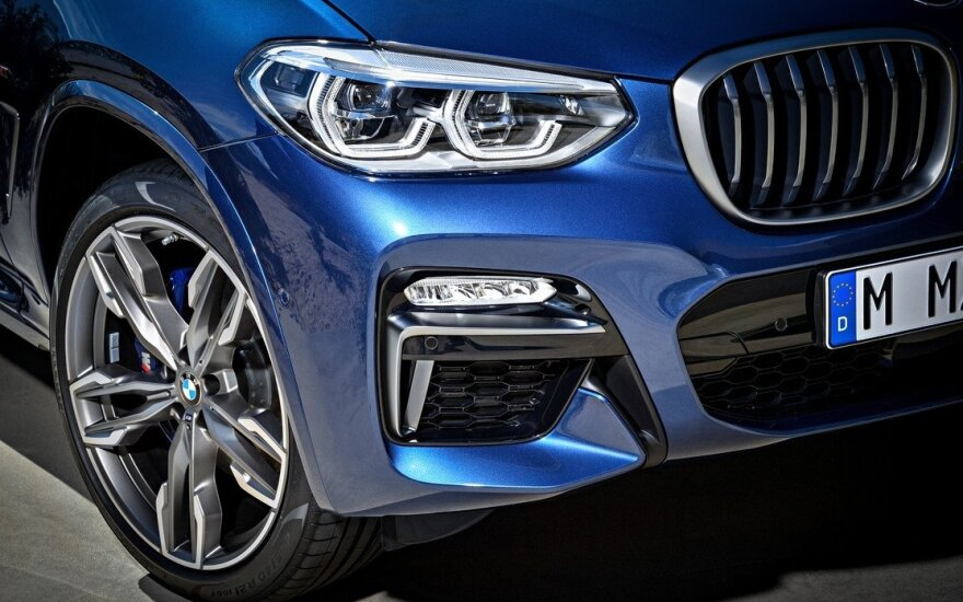 """Trečios kartos """"BMW X3"""" (asociatyvi nuotr.)"""