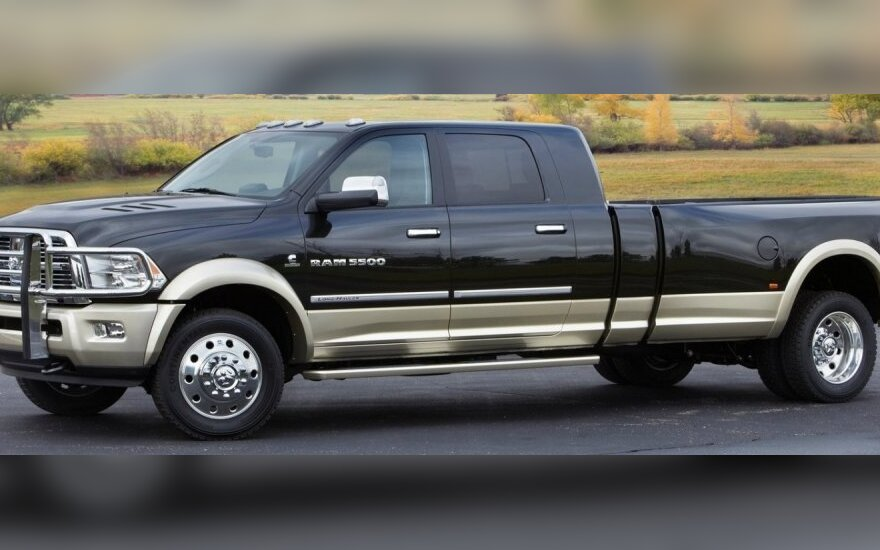 Dodge Ram Long-Hauler Concept