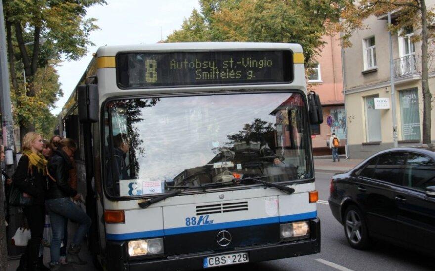 Į uostamiesčio kapines kursuos daugiau autobusų