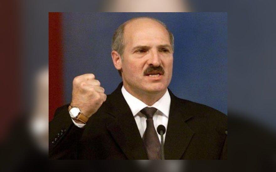 Į ES viršūnių susitikimą pakviesti diktatoriai ir komunistai