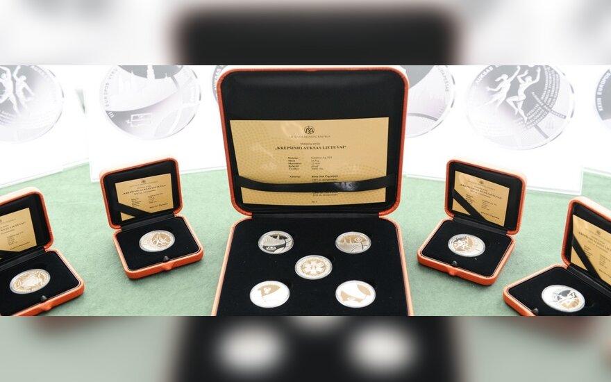 Medaliai skirti Lietuvos krepšinio laimėjimas įamžinti