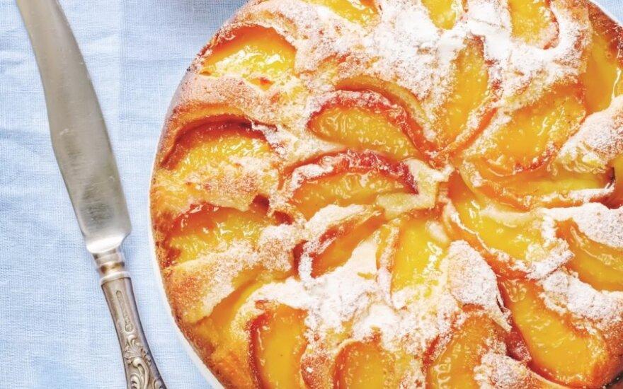 LENGVAS pyragas su persikais