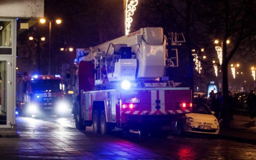 "Vilniuje gaisras kilo ""Laimos smuklėje"""