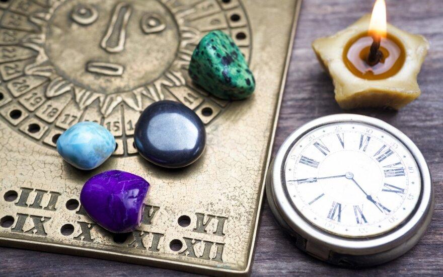Astropsichologės Samanthos Zachh horoskopas pirmadieniui, vasario 22 d.: gali laukti netikėta gera staigmena
