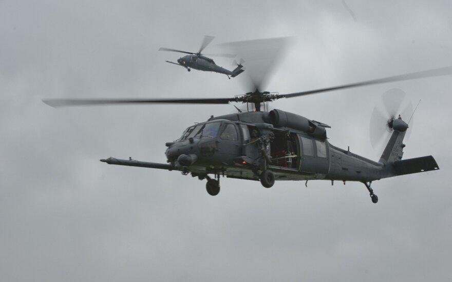 Vakarų Irake sudužo 7 karius skraidinęs JAV sraigtasparnis