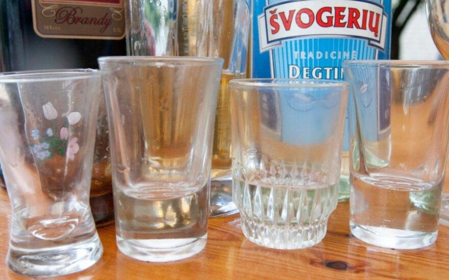 Išgertuvės Šventojoje siutino: ne visi taip supranta atostogas