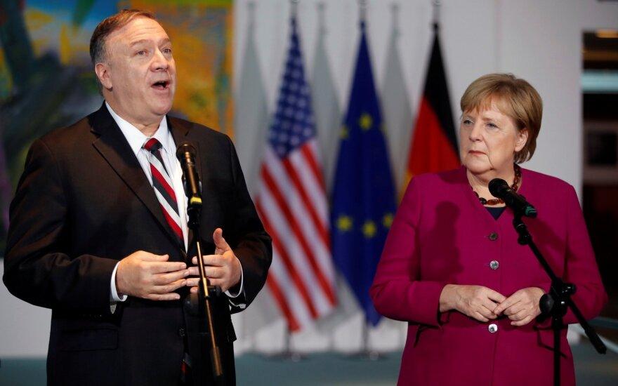 Mike'as Pompeo, Angela Merkel