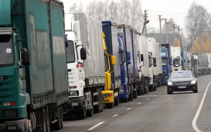 Lietuvos įmonės patiria spaudimą iš užsienio: prašo atidėti mokėjimus ir mažinti kainas