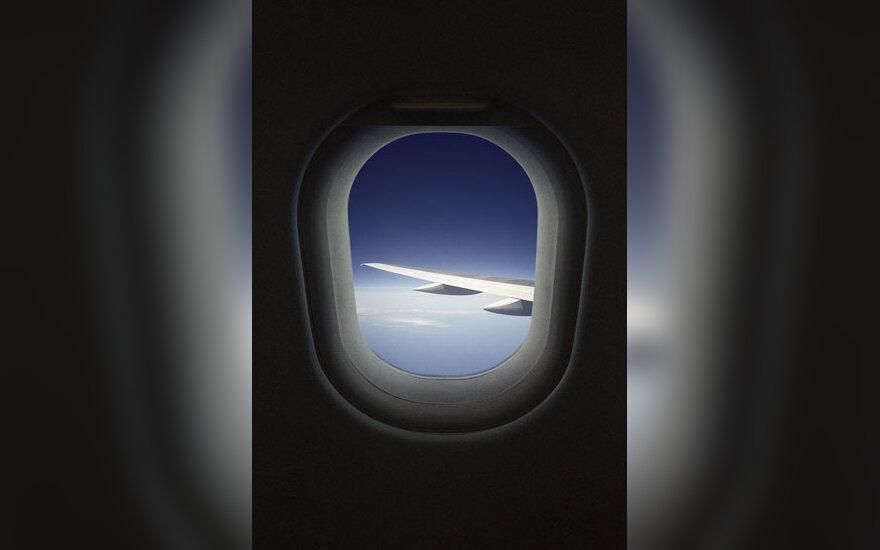 Lėktuvas, lėktuvai, oro uostas, skrydis