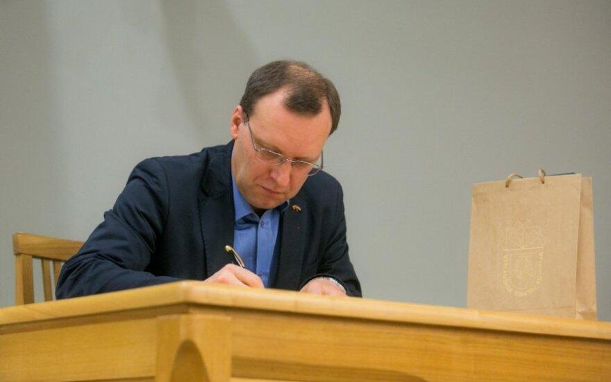 N. Puteikis siūlo naikinti Konstitucinį Teismą