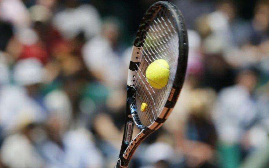 L. Žvikas poroje su latviu iškopė į jaunių teniso turnyro Lenkijoje dvejetų varžybų finalą
