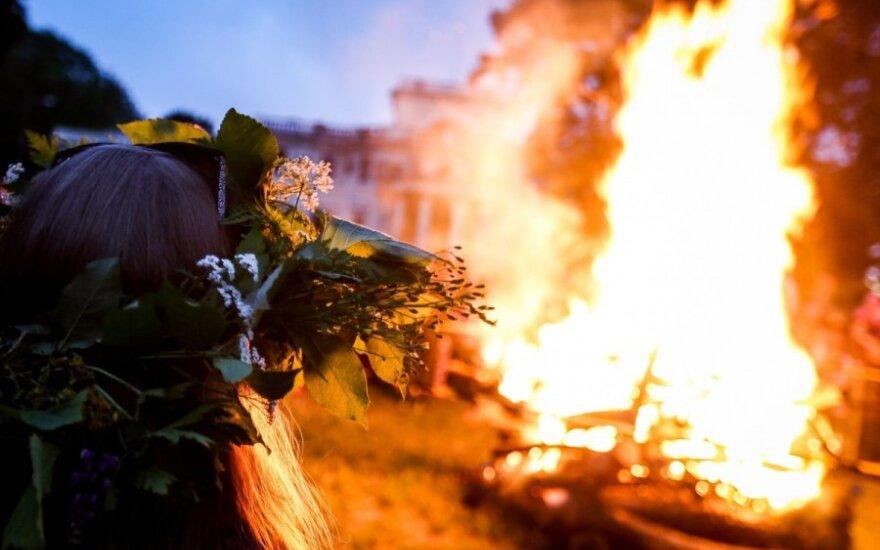 Lietuvoje švenčiamos dvejos Joninės: kuo jos skiriasi?