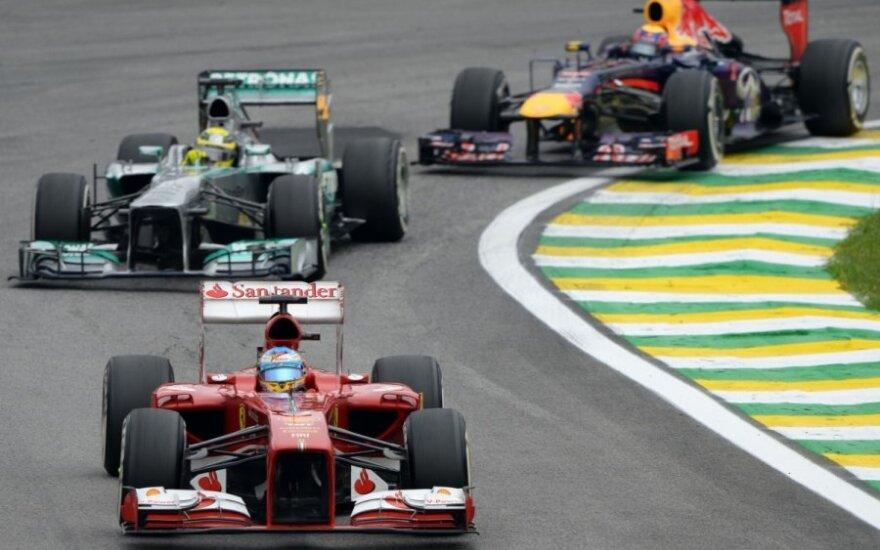 Fernando Alonso, Nico Rosbergas, Markas Webberis