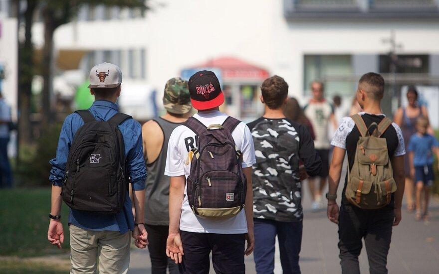 Norite trumpinti atostogas? Tuomet pasižiūrėkite ką vasarą mokiniai veikia Vokietijoje