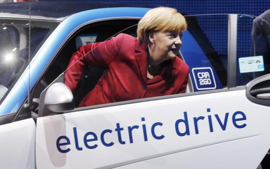 Bavarijos rinkimų rezultatai palankūs kanclerei A. Merkel