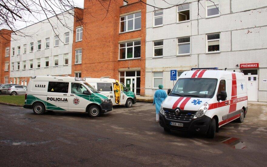Klaipėdos universitetinėje ligoninėje koronaviruso plitimą narplios organizuotus nusikaltimus tiriantys prokurorai