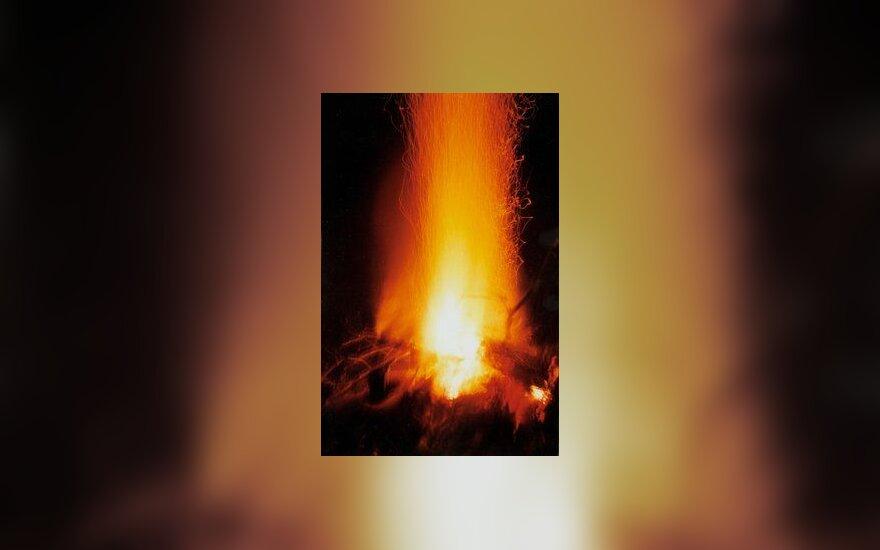 Ugnis, liepsna, gaisras, laužas