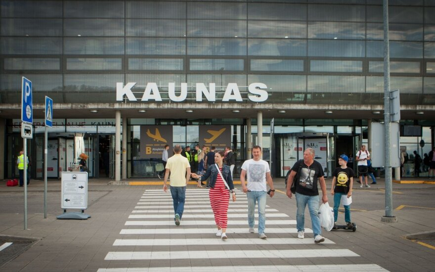 """Wizz Air"" dar neturi sprendimo dėl lėktuvų bazės Kaune"