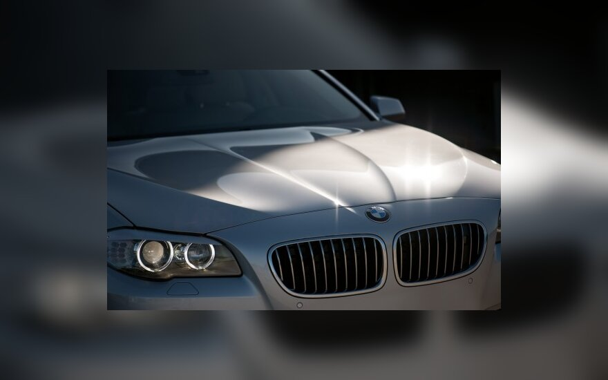 BMW 5 serijos sedanas