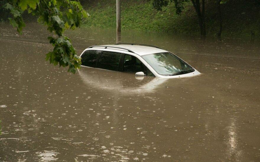 Ar šiemet vėl plaukiosime didmiesčių gatvėmis?