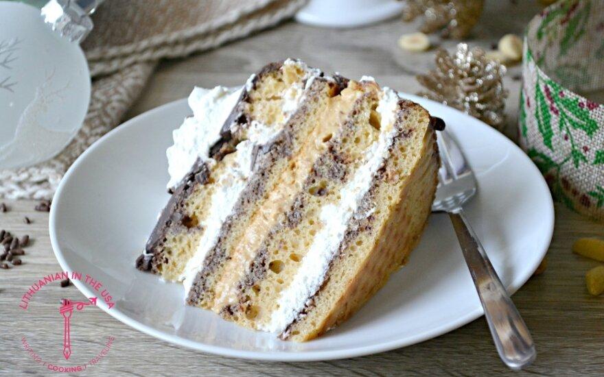 """Šokoladinis-karamelinis tortas """"Snickers"""""""