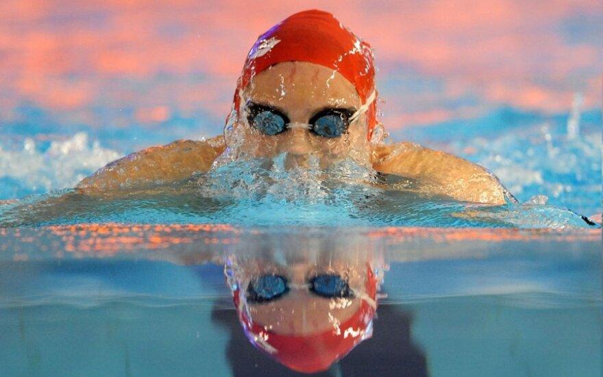 Lietuvos plaukimo čempionato pirmą diena R.Dvariškytė pagerino 32 metų senumo šalies rekordą