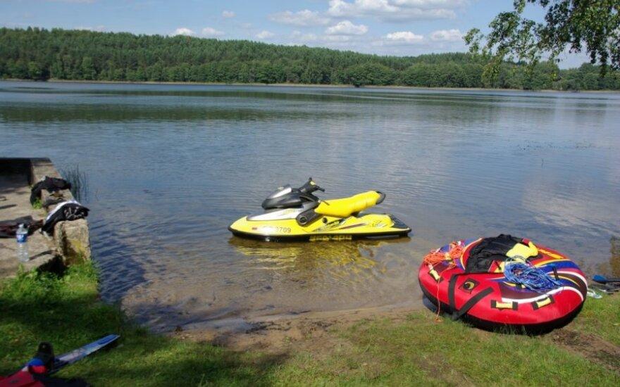 Kodėl bet kur vandens motociklais skrieti negalima