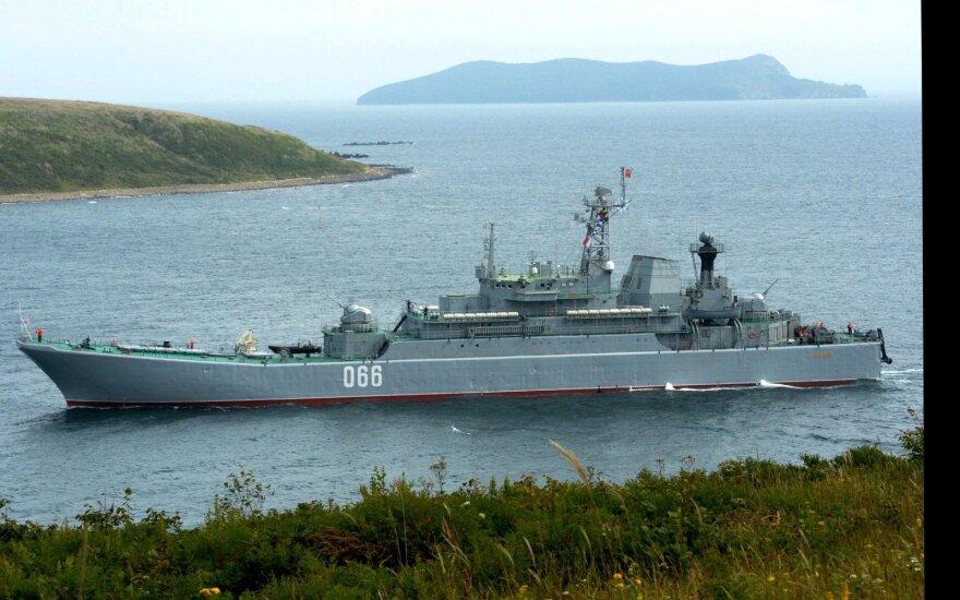 Rusijos karinis laivynas pradėjo pratybas Japonijos jūroje