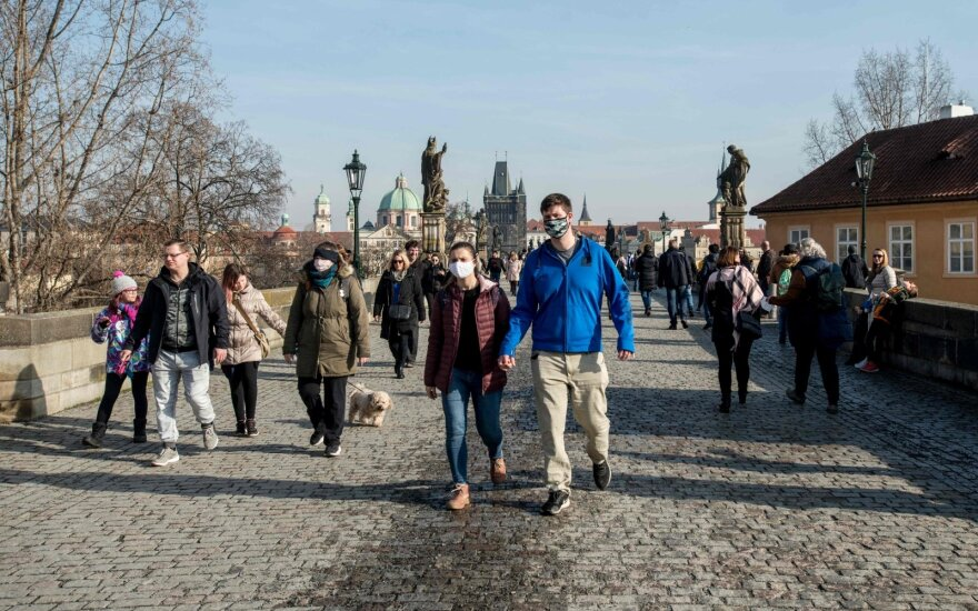 Čekija skelbia apie beprecedentę situaciją, prašo kitų šalių pagalbos