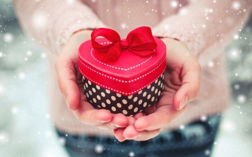 Astrologė Lolita Žukienė: ką Šv. Valentino dienai dovanoti skirtingiems Zodiako ženklams