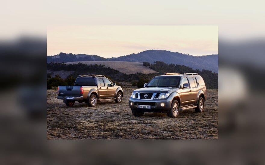 Nissan Pathfinder ir Navara