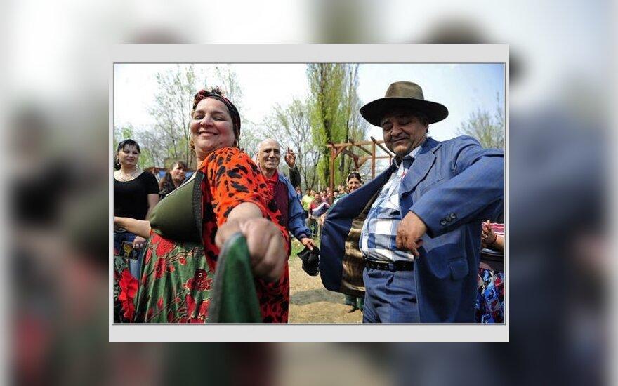 EK: kiekviena šalis narė turi apsispręsti dėl romų bendruomenių