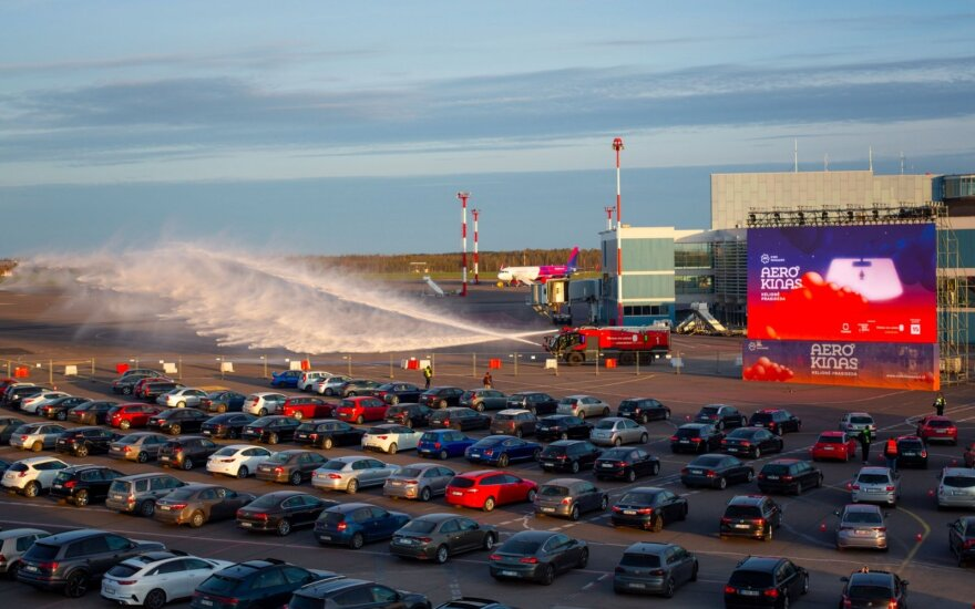Vilnius Airport becomes drive-in cinema as virus halts flights